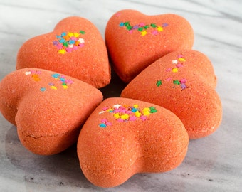 Rock Star bath bomb, bath fizzy, red bath bomb, gift for her, Lush inspired bath bomb