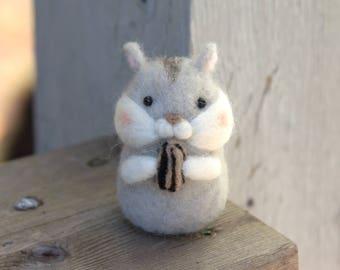 Miniature Hamster with nut -Felted Hamster-Needle Felted Hamster-Hamster gift-Plush Hamster-Hamster home decor-Felted Djungarian Hamster