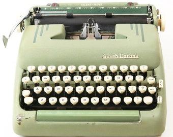 Vintage 1956 Smith Corona Silent Super Typewriter 5T Series Portable Seafoam