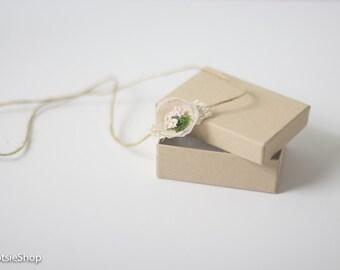 Newborn Organic Tieback with White Cream Flower, Moss & Light Pink Accent, White Cream Flower Tieback, White Cream Newborn Tieback