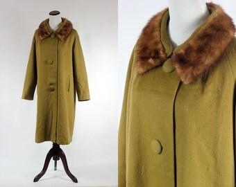 1960s Fur Collar Olive Green Wool Coat