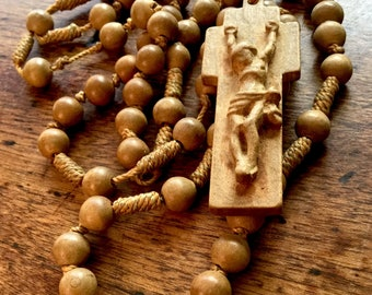 Rare Vintage Carved Wooden Sandalwood Beaded Rosary Necklace - Religious Folk Art