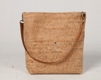 Cork Tote Bag, Cork Bucket Bag, Cork Bag, Hobo Tote, Casual Tote Bag, Cork Handbag, Fashion bag, Bucket bag, Lagut, Weekend Bag, spring bag