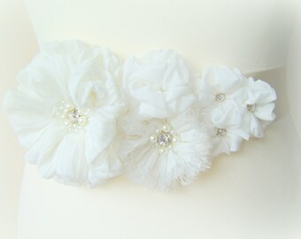 Bridal ivory sash, floral sash, flowers sash wedding floral rhinestone sash, ivory lace flower romantic wedding accessories lace
