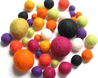 Medley Pack - 40PC Halloween Felt Balls