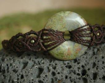macraeme bracelet with Unakite donut, macrame jewelry with healing stones