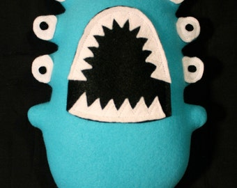MINI PLUSH MONSTER Barnaby in Blue with Eight Eyes