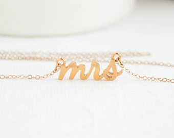 Mrs Necklace, Gold Mrs Necklace, Future Mrs, Mrs, Bridal Shower Gift, Mrs jewelry, Bridal Jewelry, Wedding Jewelry