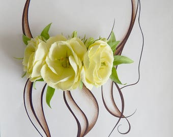 Bridal flower hair piece Rustic hair comb for women Wedding hair clip barrette Lemon lisianthus flower head piece Bridesmaid headpiece