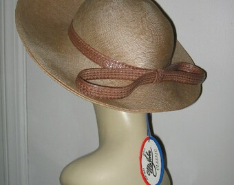 SUMMER STRAW HAT, Mr. John, Kentucky Derby, Tag Attached