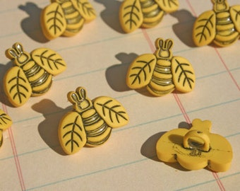 """Yellow Bee Buttons - Shank Sewing Button - 3/4"""" Wide - 8 Bees Buttons"""