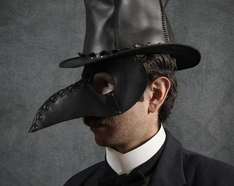 Beak Mask in Black Leather