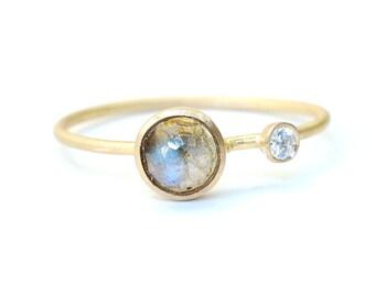 Rose Cut Labradorite Ring, Labradorite and Diamond Ring, Labradorite Ring, Asymmetrical, Blue Flash, Yellow Gold Ring, Nixin