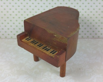 "KAGE PIANO, 3/4"" Scale, Wood, 1930's to 1940's, Smaller Version, Vintage Dollhouse Furniture"