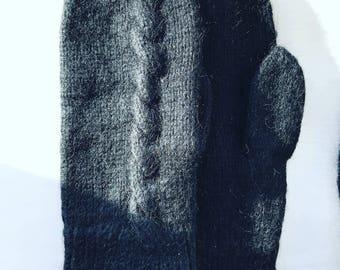 Womens  mittens