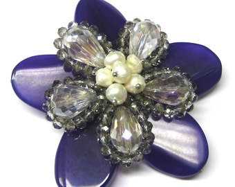 Agate, Crystal, and Fresh Water Pearl Flower (1pc)