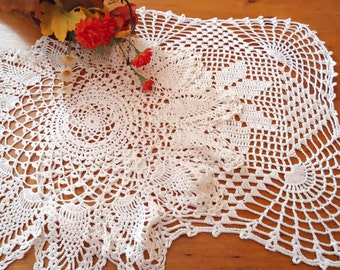 2 Crocheted Doily  Doilies  White Vintage Doilys Lot  B248