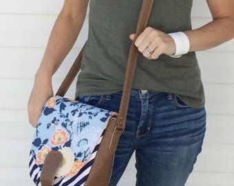 Vegan Crossbody Bag / Leather Saddle Bag / Floral Crossbody / Crossbody Bags / Crossbody / Vegan Leather / Floral Purse / Floral Bag