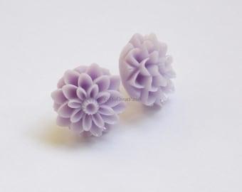 Metal Free Light Purple Mum Earrings, Chrysanthemum Earrings, nonmetal, all plastic, metal allergies or sensitive ears, Spring / Easter