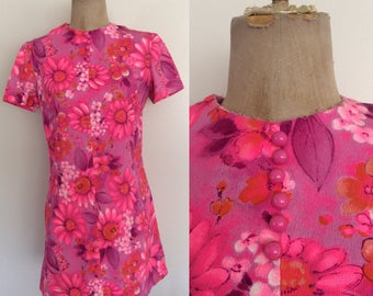 1970's Pink Floral Mod Mini Dress Hawaiian Floral Print Frock Size Medium by Maeberry Vintage