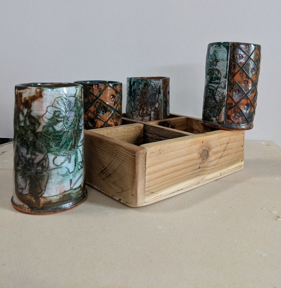 Handmade Ceramic Cup Set, 4 mugs with Recycled Wood Tray