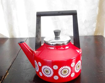 Bold Bright Red Tea Kettle Baumann Margerite vintage mid century Germany Red tea kettle white flowers mid century statement tea kettle