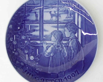 "Vintage Bing and Grondahl Copenhagen Jules aften 1997 Plate, ""Country Christmas"""