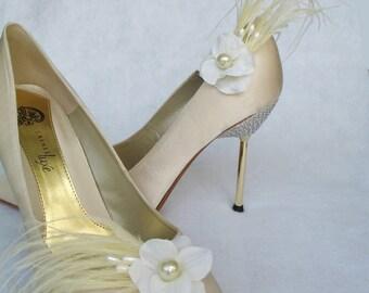 Bridal Shoe Clips Wedding Feathered Ivory