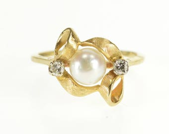 14k Retro Pearl Diamond Crosshatch Texture Ribbon Ring Gold