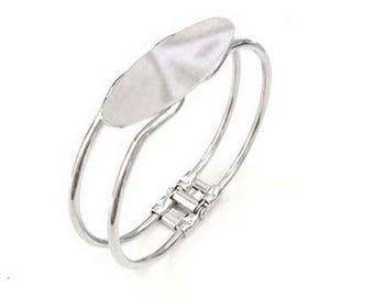 Set of 2 support of Silver Oval bracelet