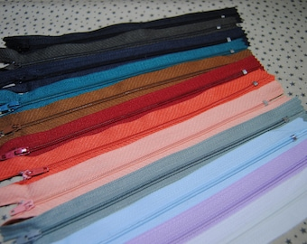 Not separable zipper, set of 10 assorted colors to choose