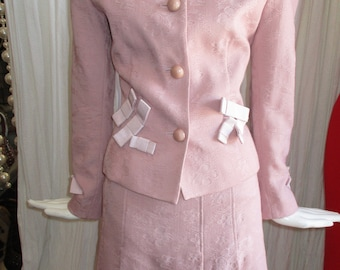 1990 Moschino Blush Costume rose noeuds Bridal Collection Chic pas cher
