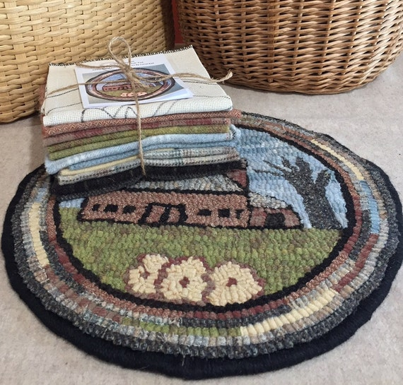 """Primtive Rug Hooking Kit for """"Old Barn #3 """" Chair Pad  14"""" Round  K122"""