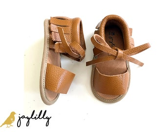 BROWN Baby Sandals, Baby Moccasins, Baby Girl Shoes, Baby Girl Sandals, Baby Shoes, Brown Moccasins, Baby Shower Gift, Sandals