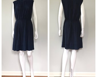 Vintage 1970s navy blue pleated dress / short navy blue desss