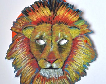 Lion Mask Illustrated