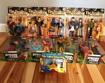 """McFarlane Toys 1999 Beatles Yellow Submarine & 2000 Sgt. Peppers Lonely Hearts Club Band 8"""" Action Figures"""