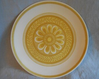 Set of 2 Cavalier Ironstone Dinner Plates Casablanca Pattern White with Yellow Daisy -Multiples Available - Royal China 1960 Flower Power !