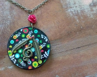 Necklace, pendant Fleurys Hippie Chic Bohemian spirit, turquoise, red, yellow, notes