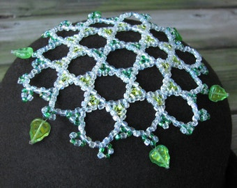 star of david leaf kippah, womens yarmulke, emerald green lime green head covering, green iridescent leaf dangles