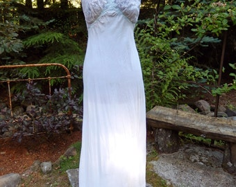 Touch of Blue-Vintage 1952  Bias Cut Nightgown-lingerie-sleepwear