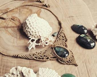 Labradorite macrame necklace, elven necklace, gypsy necklace, bohemian macrame, boho chic, crystal necklace, beige labradorite jewelry