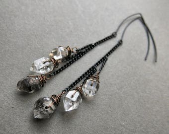 Black Chain Earrings / Raw Crystal Earrings / Quartz Crystal Earrings / Long Chain Earrings / Raw Quartz Earrings / Black Ombre Earrings