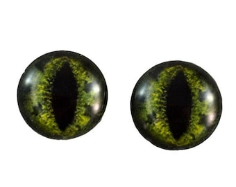 SALE 16mm Green Alligator Glass Eye Cabochons - Taxidermy Eyes for Doll or Jewelry Making - Set of 2