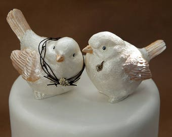 Love birds wedding cake topper, handmade with beautiful pearl finish, grapevine wreath and boutonniere