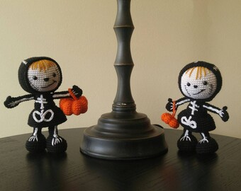 Amigurumi Halloween sisters