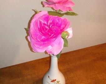 Vintage Asian Porcelain Bud Vase