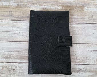 Black foe leather Fun pack. Script lining. Play pack case.