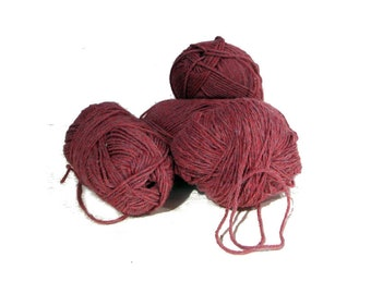 4 Skeins Unlabeled Variegated Burgundy Pink Yarn, Super Soft, Could be Wool Blend or Acrylic, 1 Skein Round Into Ball, 3 Skeins Pristine