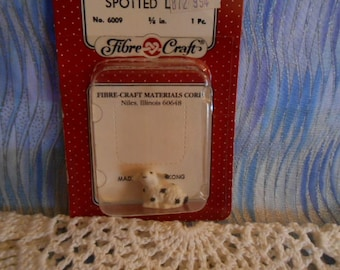 Vintage Fibre Craft Miniature Spotted Lamb - 5/8""